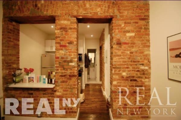 3 Bedrooms, Cooperative Village Rental in NYC for $4,090 - Photo 2