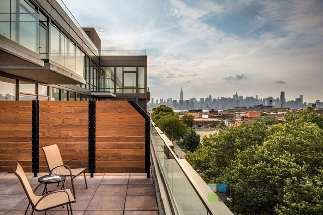 2 Bedrooms, Williamsburg Rental in NYC for $6,450 - Photo 1
