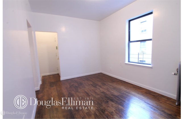 2 Bedrooms, Woodside Rental in NYC for $1,975 - Photo 1