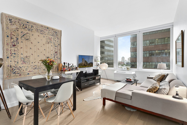 2 Bedrooms, Financial District Rental in NYC for $4,960 - Photo 1