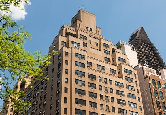 2 Bedrooms, Turtle Bay Rental in NYC for $6,995 - Photo 1