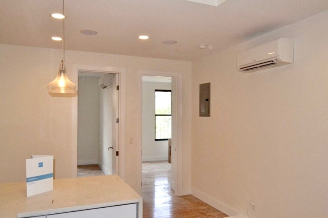3 Bedrooms, Greenpoint Rental in NYC for $3,642 - Photo 1