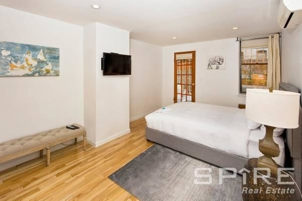 2 Bedrooms, Yorkville Rental in NYC for $4,480 - Photo 2