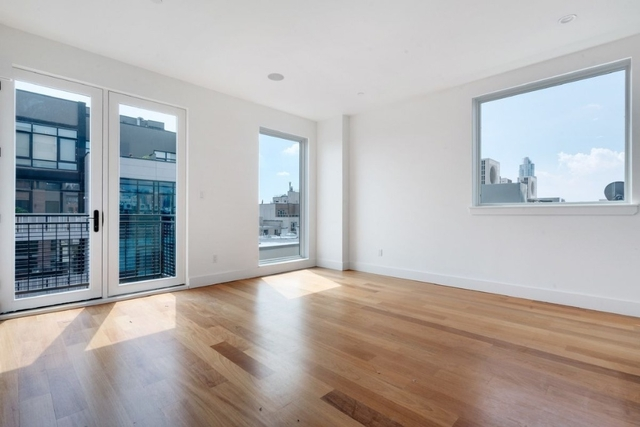 3 Bedrooms, Greenpoint Rental in NYC for $4,125 - Photo 1