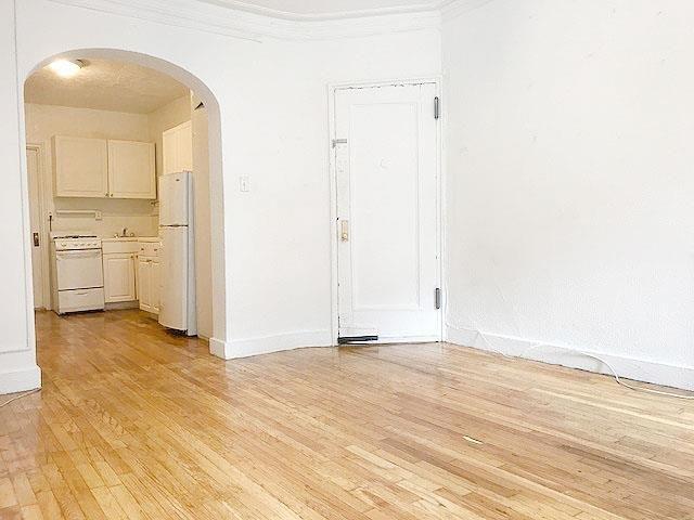 Studio, Yorkville Rental in NYC for $1,795 - Photo 2