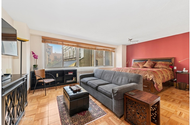 Studio, Yorkville Rental in NYC for $2,700 - Photo 1