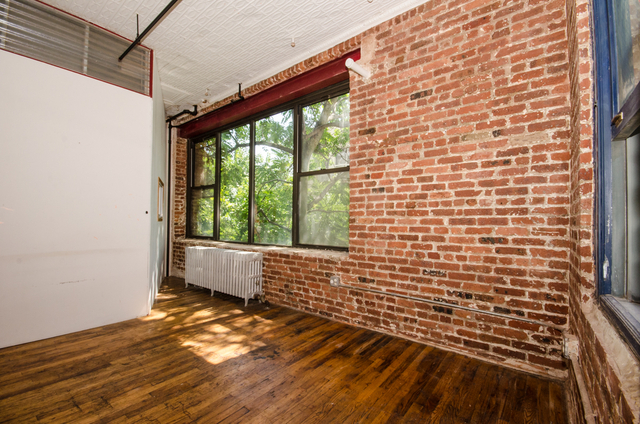 3 Bedrooms, Williamsburg Rental in NYC for $4,370 - Photo 2