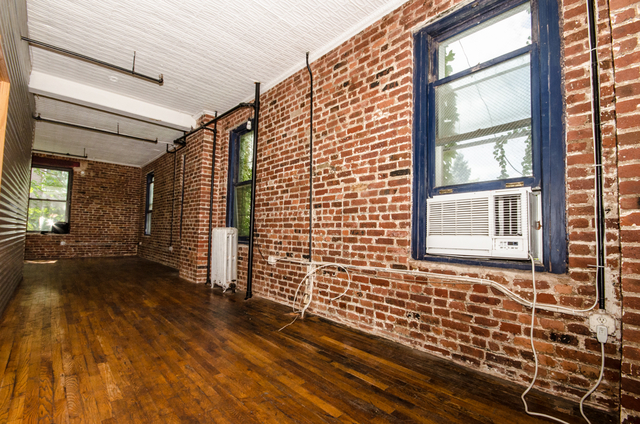 3 Bedrooms, Williamsburg Rental in NYC for $4,370 - Photo 1