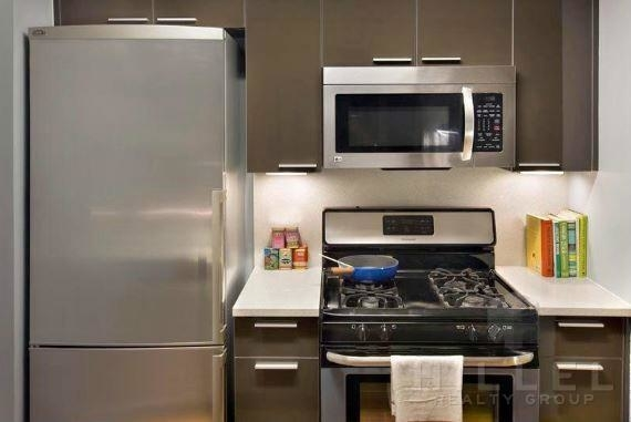 Studio, Long Island City Rental in NYC for $2,125 - Photo 2
