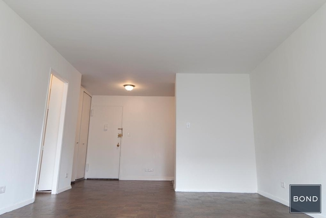 Studio, Gramercy Park Rental in NYC for $3,175 - Photo 2
