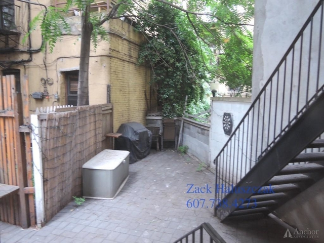3 Bedrooms, East Village Rental in NYC for $5,040 - Photo 2