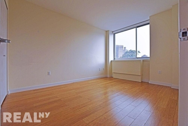 2 Bedrooms, Alphabet City Rental in NYC for $3,483 - Photo 2