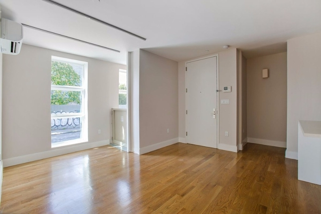 Room, Bushwick Rental in NYC for $999 - Photo 2
