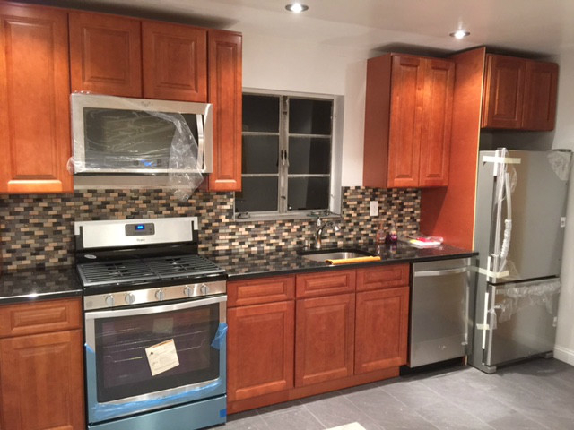 3 Bedrooms, West Farms Rental in NYC for $2,750 - Photo 2