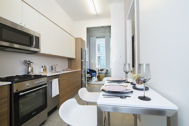 Studio, Long Island City Rental in NYC for $2,950 - Photo 2