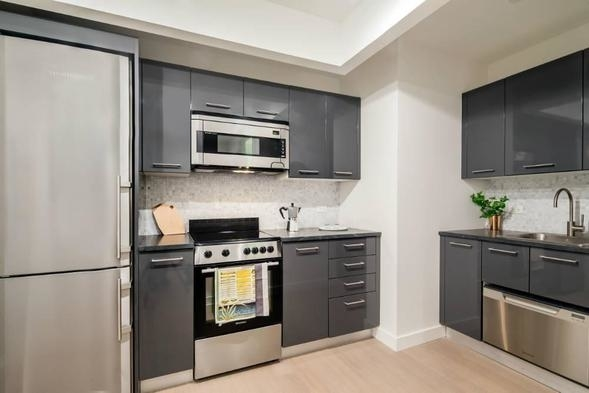 Room, Financial District Rental in NYC for $1,290 - Photo 1