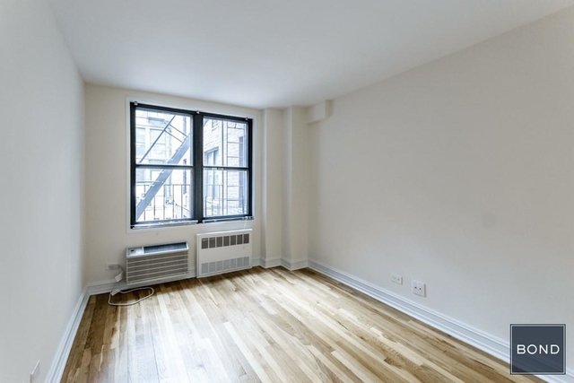 2 Bedrooms, West Village Rental in NYC for $5,700 - Photo 2