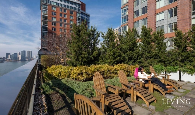 3 Bedrooms, Battery Park City Rental in NYC for $9,912 - Photo 1