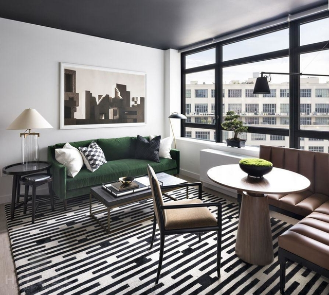1 Bedroom, Long Island City Rental in NYC for $3,244 - Photo 2