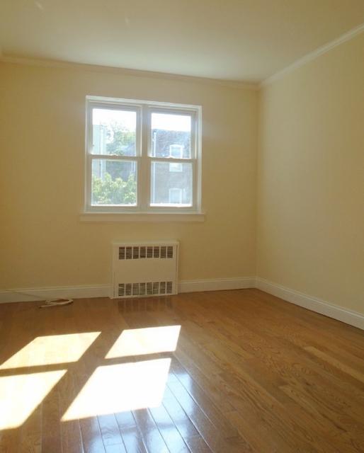 1 Bedroom, Astoria Rental in NYC for $1,900 - Photo 1