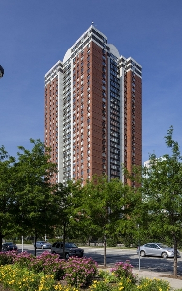 2 Bedrooms, Newport Rental in NYC for $3,020 - Photo 1