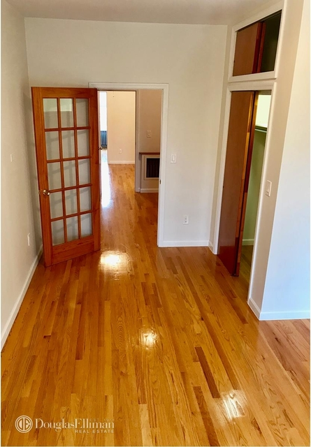 3 Bedrooms, Maspeth Rental in NYC for $2,595 - Photo 1