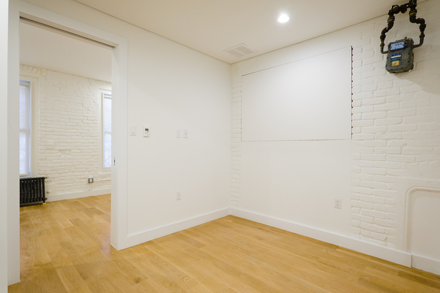 2 Bedrooms, Bowery Rental in NYC for $4,000 - Photo 2