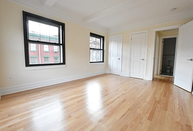 2 Bedrooms West Village Rental In Nyc For 6 500 Photo 1