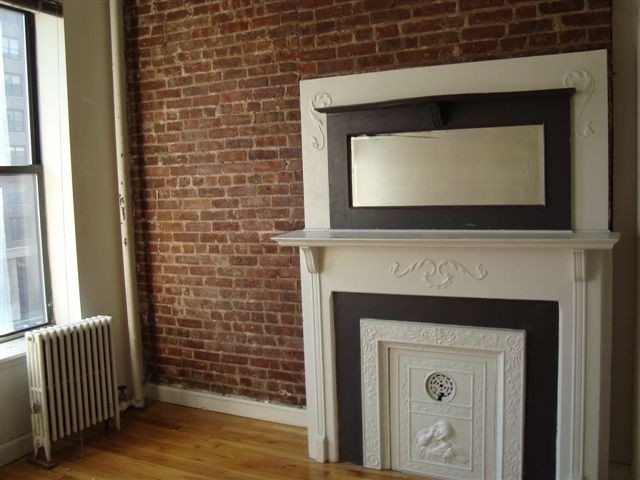 2 Bedrooms, Yorkville Rental in NYC for $2,599 - Photo 2