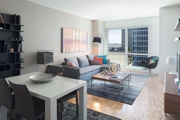 2 Bedrooms, Newport Rental in NYC for $4,505 - Photo 1