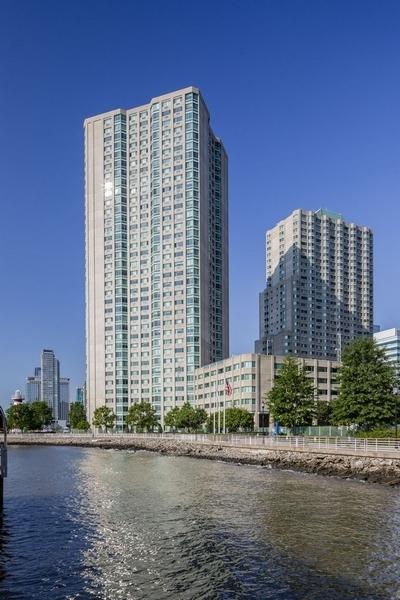 2 Bedrooms, Newport Rental in NYC for $3,427 - Photo 1