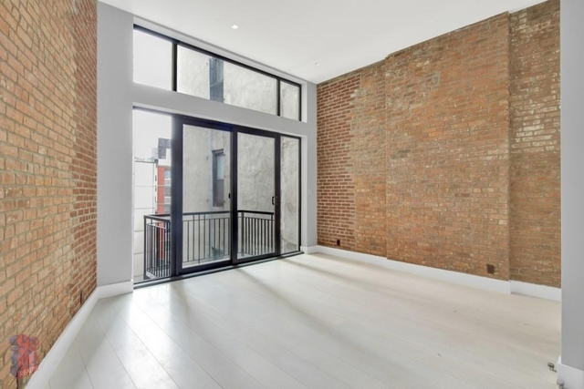 3 Bedrooms, East Village Rental in NYC for $11,995 - Photo 2