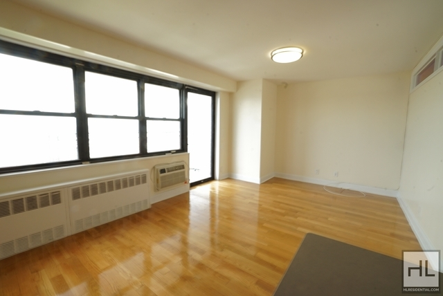 1 Bedroom, South Slope Rental in NYC for $2,895 - Photo 2