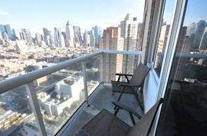 2 Bedrooms, Hell's Kitchen Rental in NYC for $6,298 - Photo 2