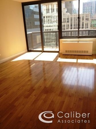 Studio, Theater District Rental in NYC for $2,845 - Photo 1