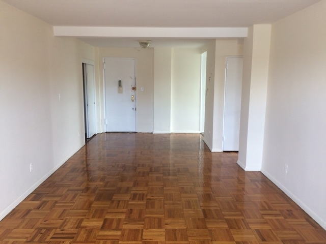1 Bedroom, Woodside Rental in NYC for $1,810 - Photo 2