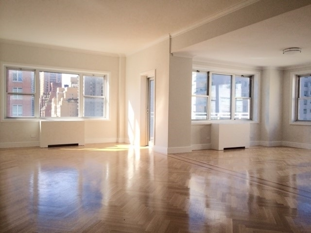 3 Bedrooms, Lenox Hill Rental in NYC for $11,800 - Photo 1