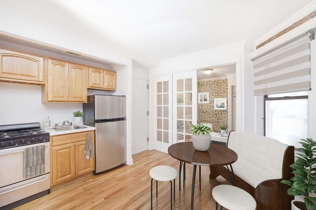 2 Bedrooms, Chinatown Rental in NYC for $2,895 - Photo 2