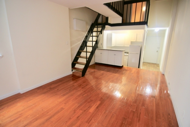 3 Bedrooms, Murray Hill Rental in NYC for $3,733 - Photo 2