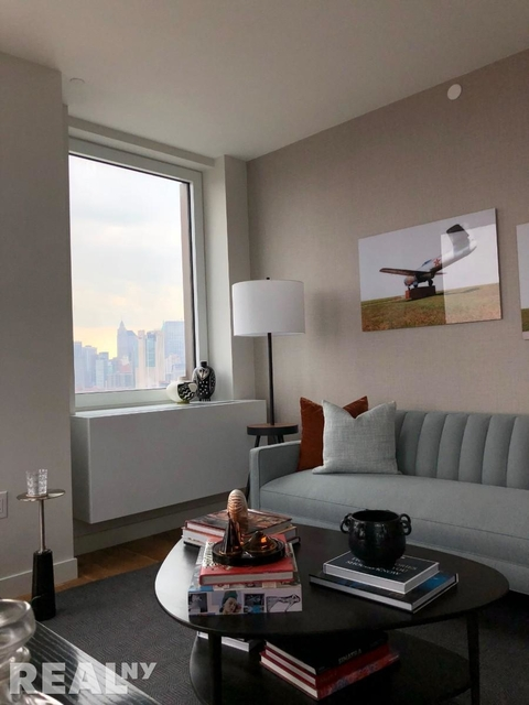 1 Bedroom, Lower East Side Rental in NYC for $3,995 - Photo 1