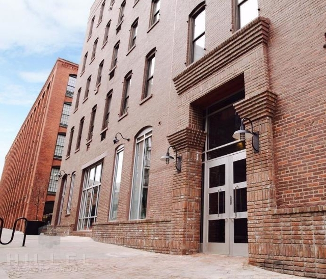2 Bedrooms, DUMBO Rental in NYC for $3,650 - Photo 2