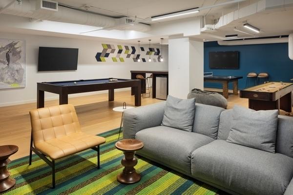 1 Bedroom, Newport Rental in NYC for $3,246 - Photo 2