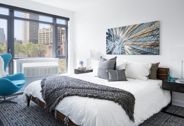 2 Bedrooms, DUMBO Rental in NYC for $5,843 - Photo 2