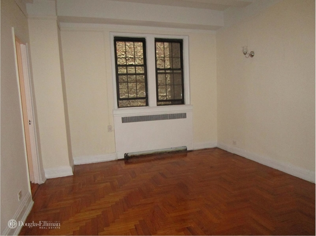 Studio, East Village Rental in NYC for $2,615 - Photo 2