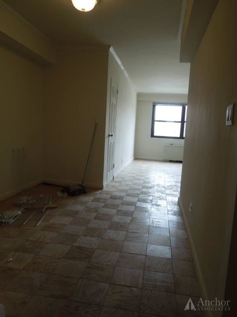 2 Bedrooms, Theater District Rental in NYC for $3,000 - Photo 2