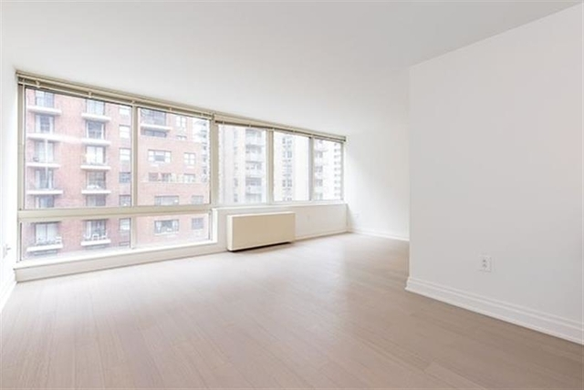 Studio, Yorkville Rental in NYC for $3,625 - Photo 1