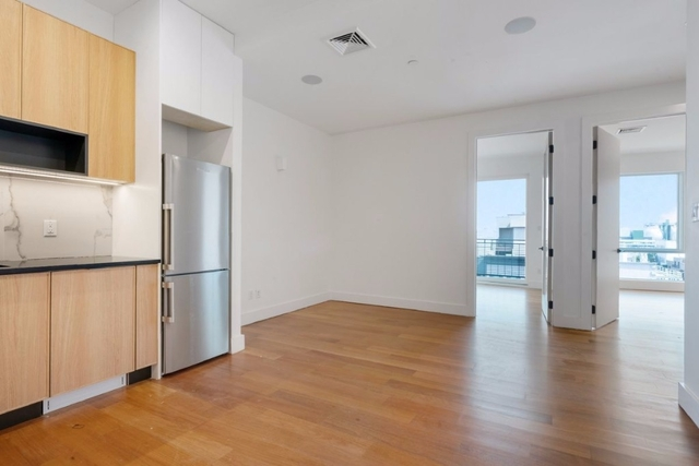 3 Bedrooms, Greenpoint Rental in NYC for $3,865 - Photo 1