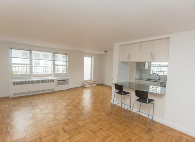 2 Bedrooms, Yorkville Rental in NYC for $6,600 - Photo 2