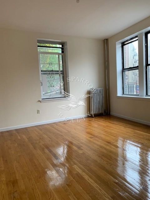 2 Bedrooms, Inwood Rental in NYC for $2,375 - Photo 2