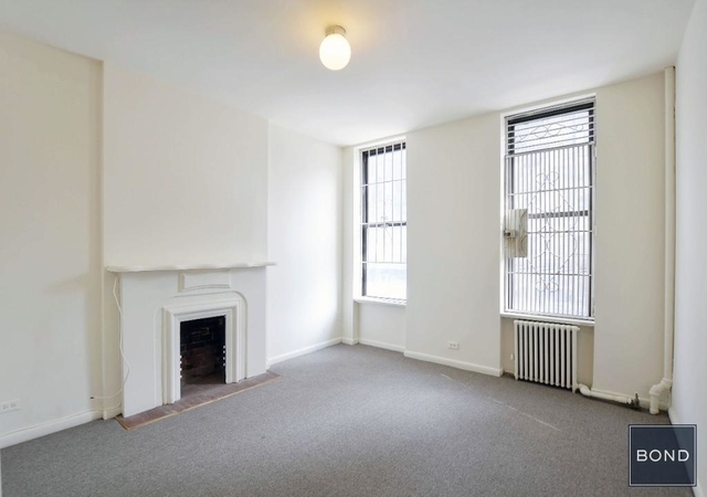 2 Bedrooms, Yorkville Rental in NYC for $2,300 - Photo 2
